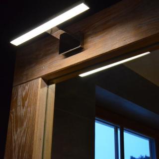 dubový rám zrcadla s osvětlením